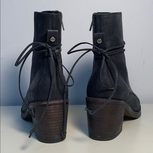 UGG Lace Up Heel Boot Oriana size 8